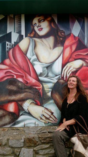 With Tamara de Lempicka on Main Street